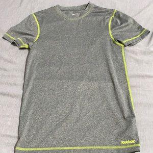 3 for $25! Men's rebook Athletic t shirt